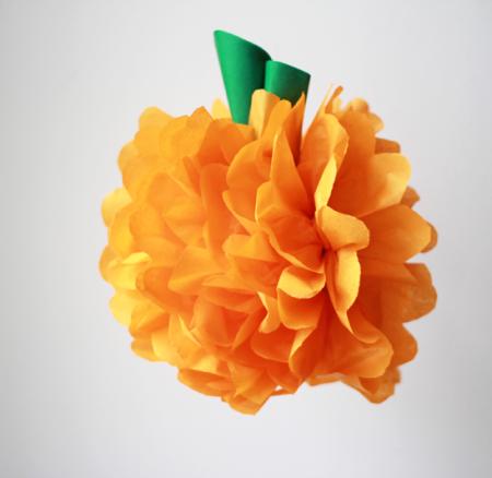 DIY: Seidenpapier Pompoms