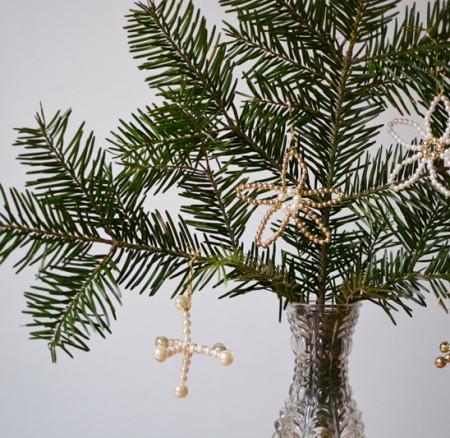 DIY: Perlenanhänger als Baumschmuck