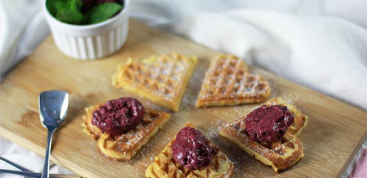 Eisparty: Basilikum-, Karamell-Vanille- & Heidelbeer-Minz-Eis
