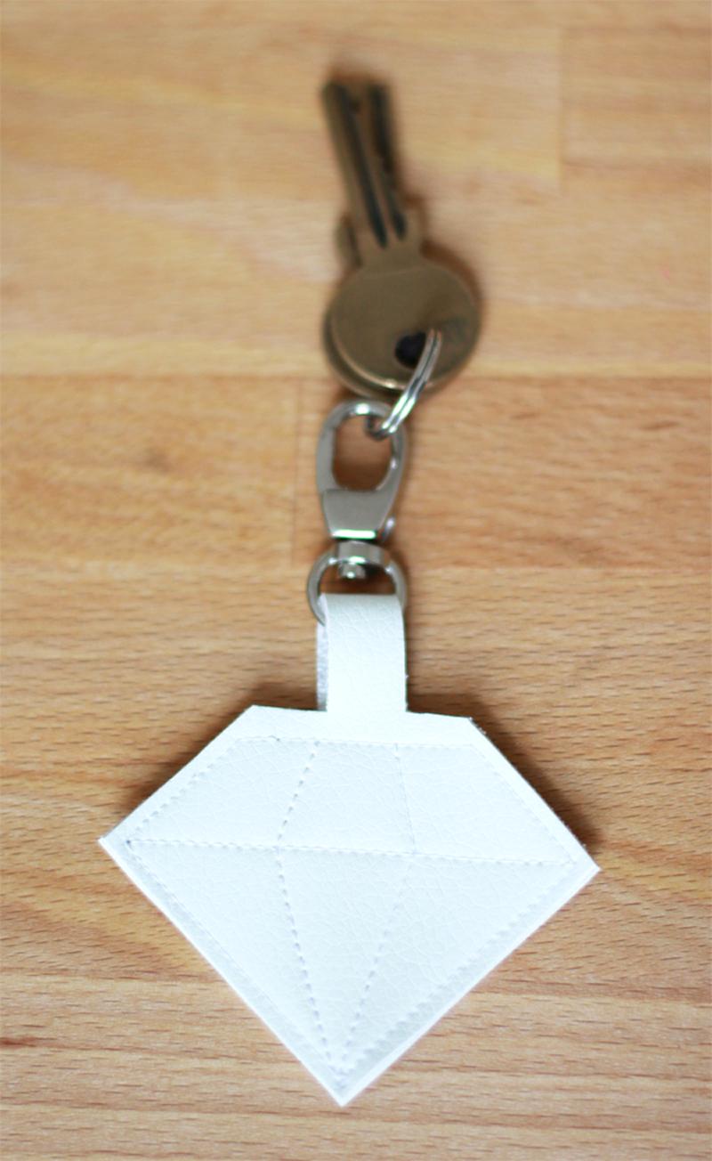Diamant Schlüsselanhänger | we love handmade
