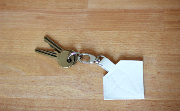 DIY Keyholder | we love handmade