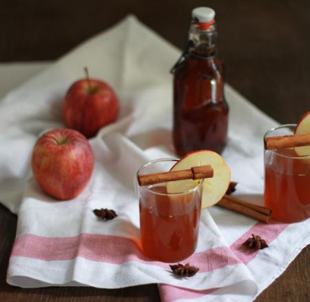 Drinks: Winter Apple Punch