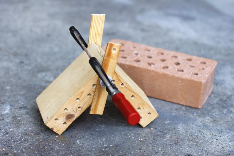 Holzdach für Insektenhotel |we love handmade