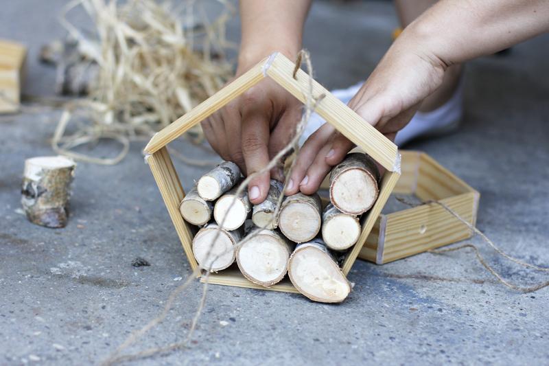 Insektenhotel befüllen |we love handmade