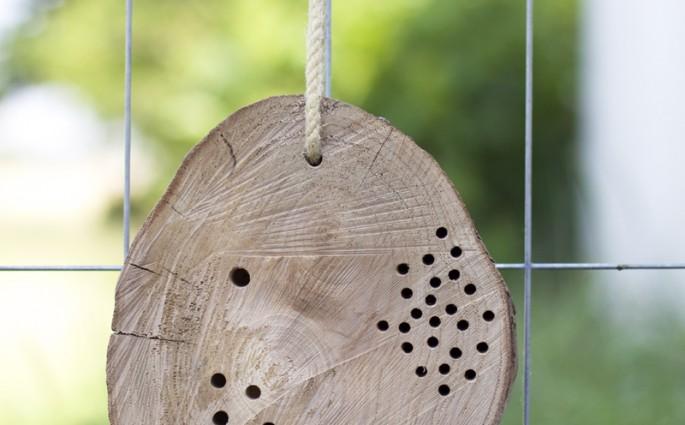 Insektenhotel Baumscheibe | we love handmade