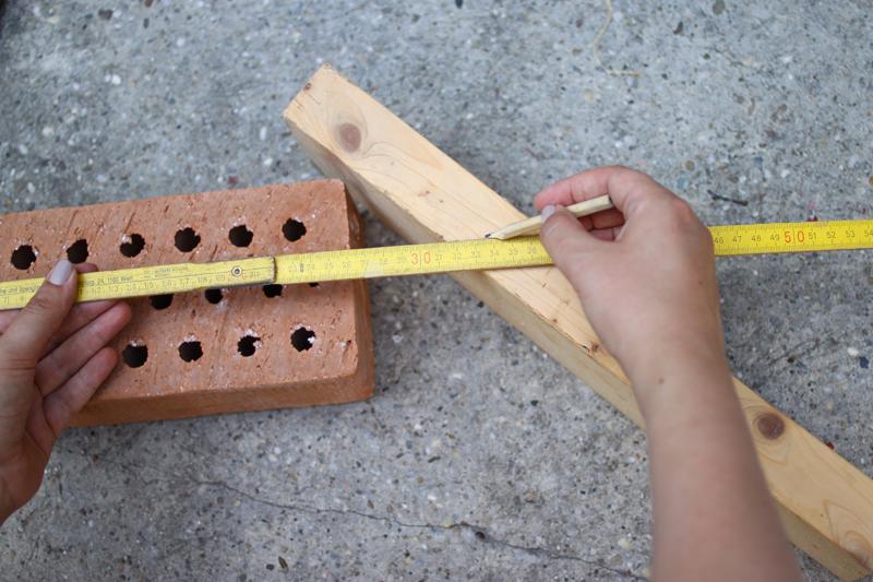 insektenhotel. Ziegel ausmessen |we love handmade