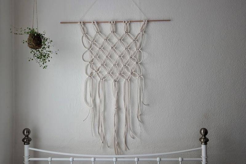 We love inspiration makramee diys we love handmade - Makramee wandbehang ...