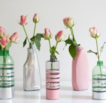 Upcycling-DIY: Vasen aus Plastikflaschen