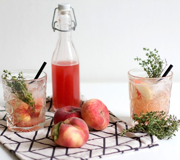 Drinks: Pfirsich Thymian Sirup   we love handmade