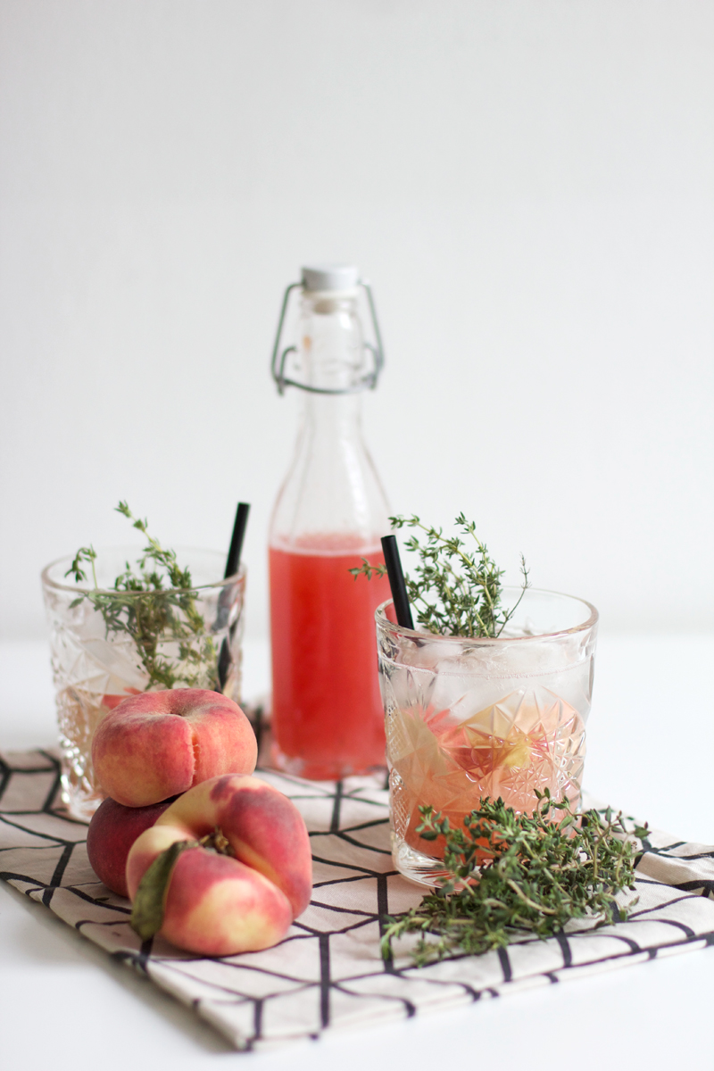 Drinks: Pfirsich Thymian Sirup | we love handmade