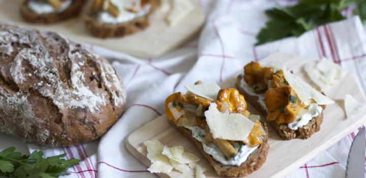 Food: Eat Seasonal – Bauerntoast mit Eierschwammerl