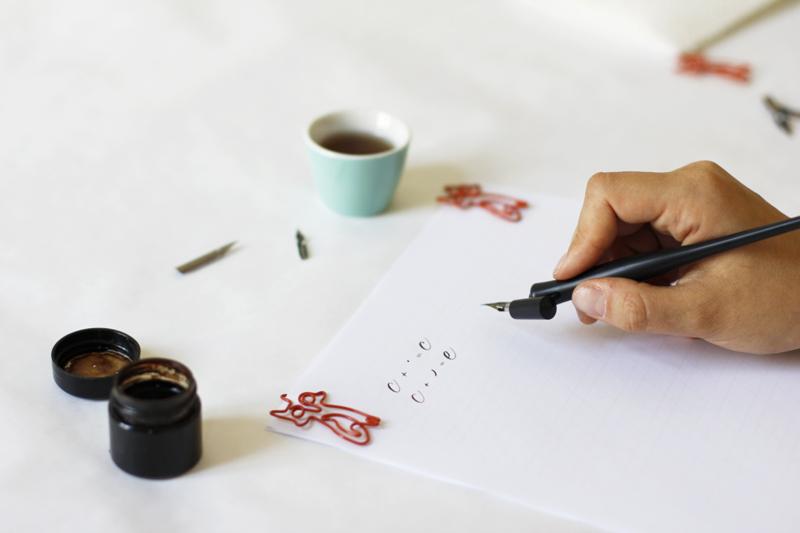 Kalligraphie: Grundübung - c und e | we love handmade