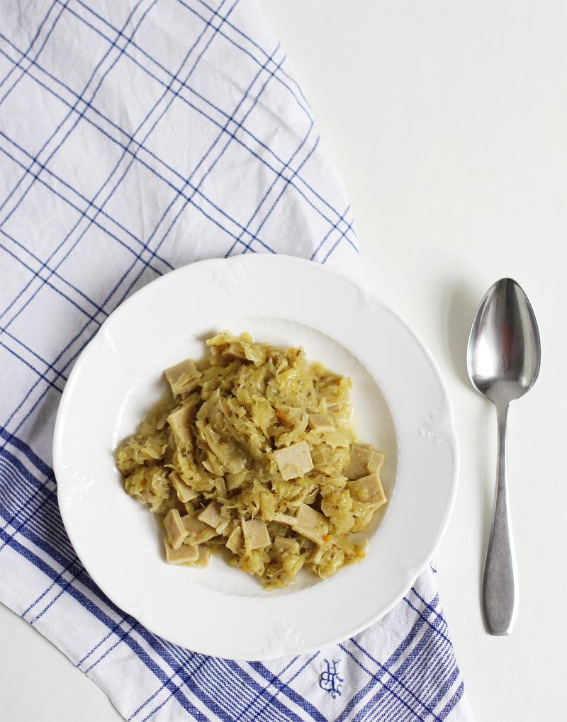 Eat Seasonal: Glutenfreie Krautfleckerl | we love handmade