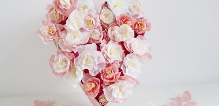 DIY: Papierblumen-Herz