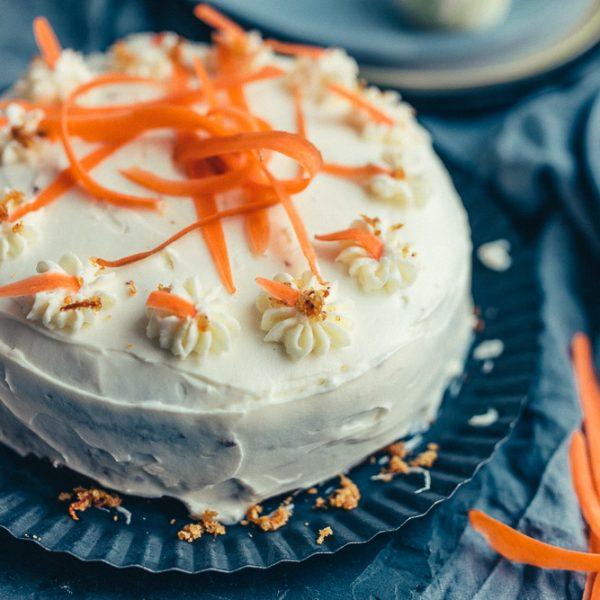 Karottenkuchen mit Frischkäsefrosting von Butter&Zucker |we love handmade