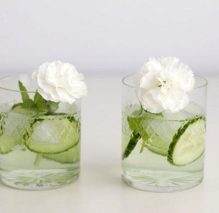 DIY: Blumen-Cocktailstäbchen