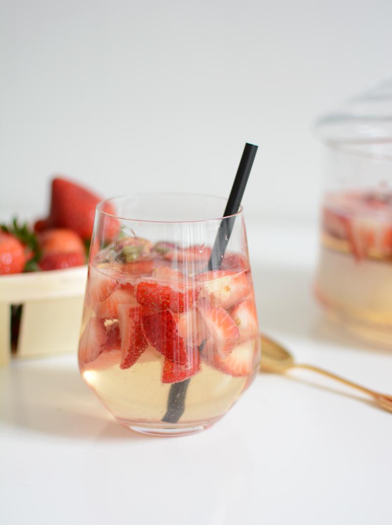 Erdbeer-Rosen-Bowle |welovehandmade