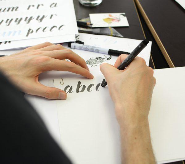 Brush Lettering |welovehandmade