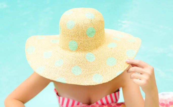 DIY-polka-dot-hat | Foto von Sugar and Cloth