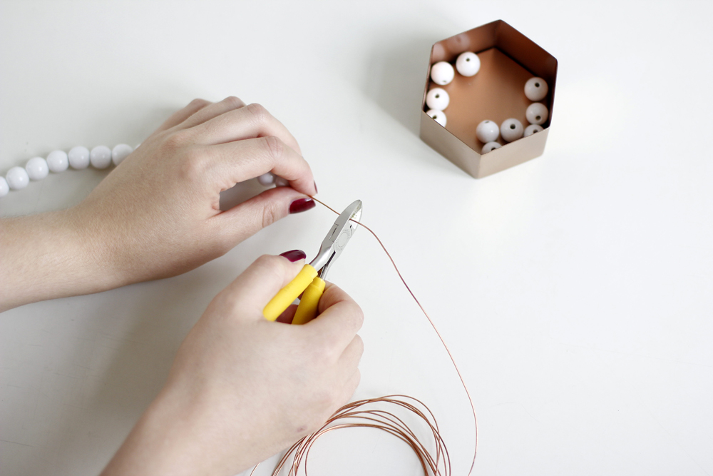 DIY-Tutorial: Untersetzer aus Holzperlen | we love handmade