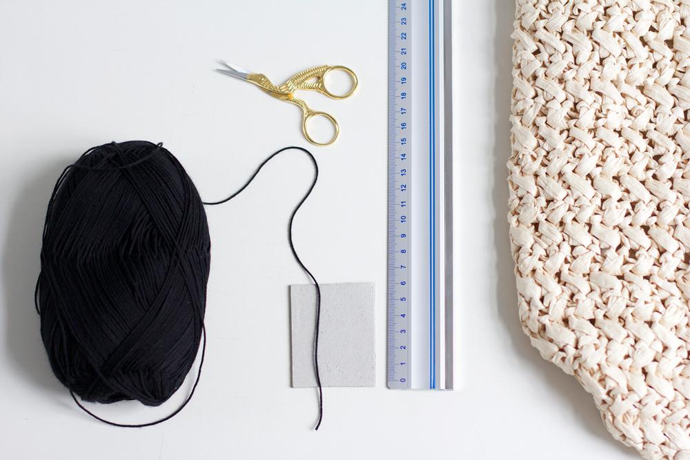 DIY: Strohtasche mit Tassels | we love handmade