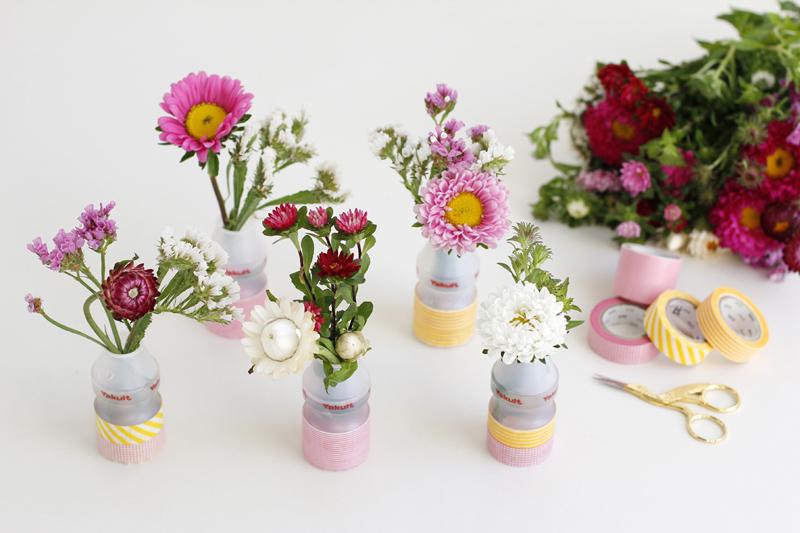 Upcycling: Vasen mit Yakult |we love handmade