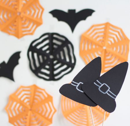 DIY: Halloween Photo Booth