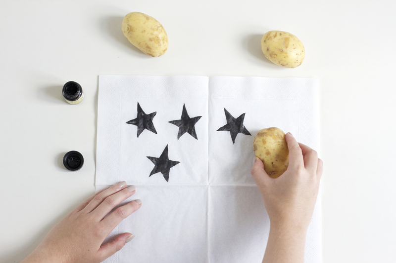 Stempel aus Kartoffeln leicht selbermachen | we love handmade