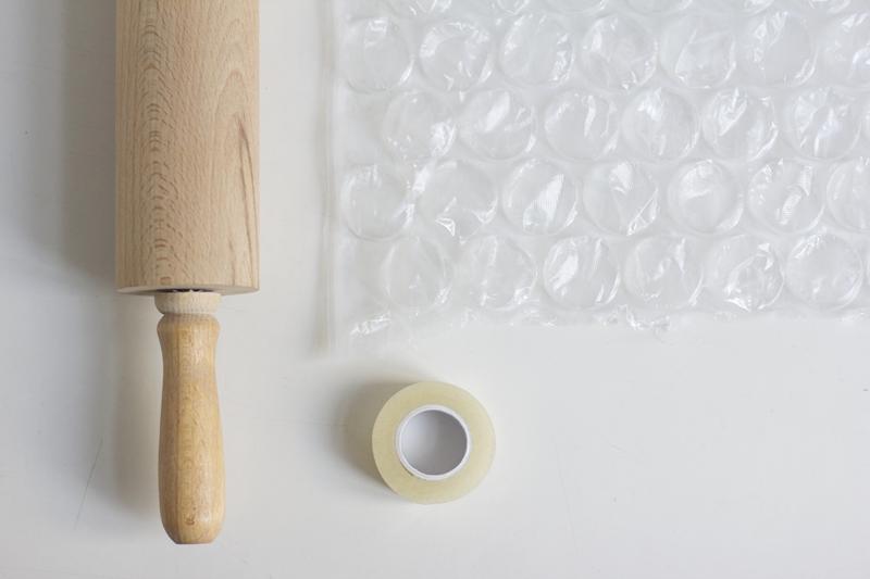Mit Luftpolterfolie Stoff bedrucken | we love handmade