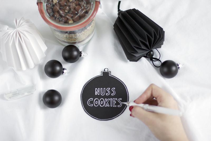 Keksmischung im Glas als Geschenkidee | we love handmade