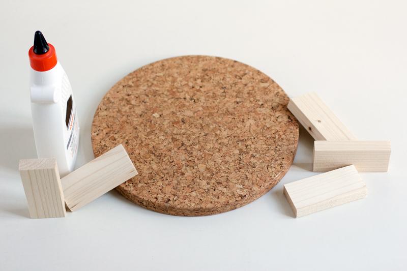 Material für Kuchständer aus Kork | we love handmade