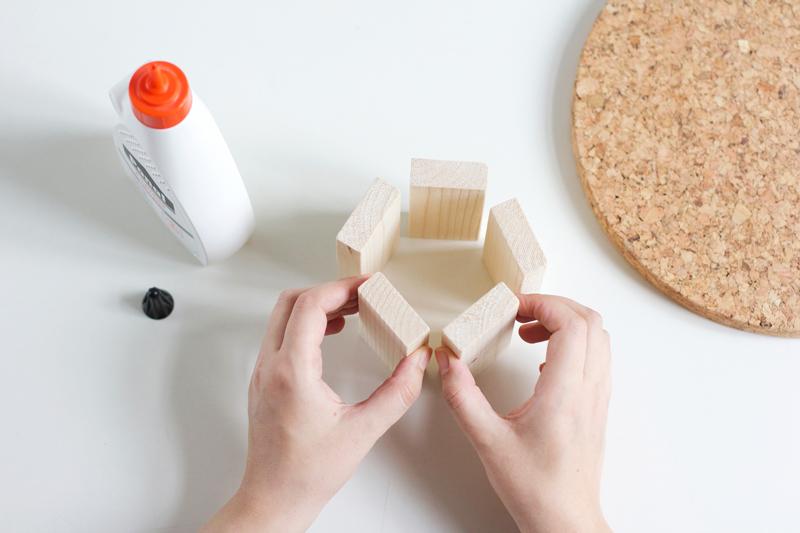 DIY: Kork-Kuchenständer | we love handmade