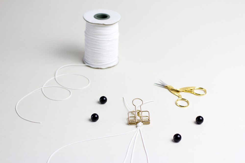 DIY: Makramee-Armband mit Helixknoten