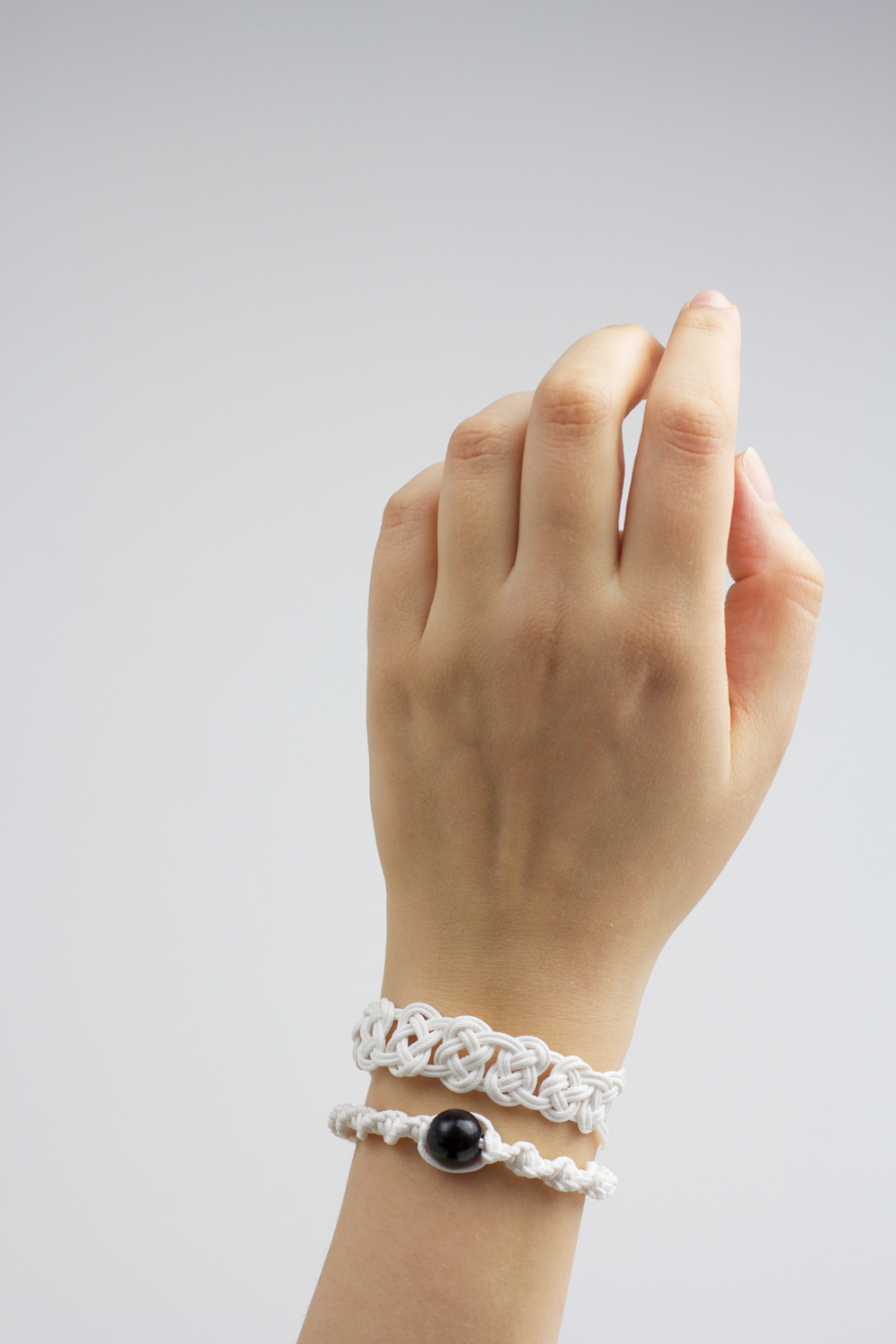 DIY: Makramee-Armbänder | we love handmade
