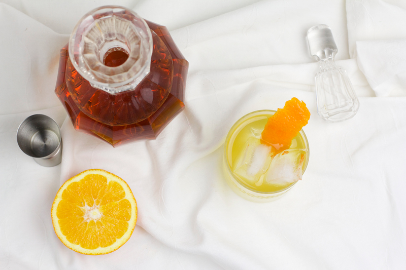 Tee-Cocktail aus Orange, Salbei, Ingwer und Chai Honig | we love handmade
