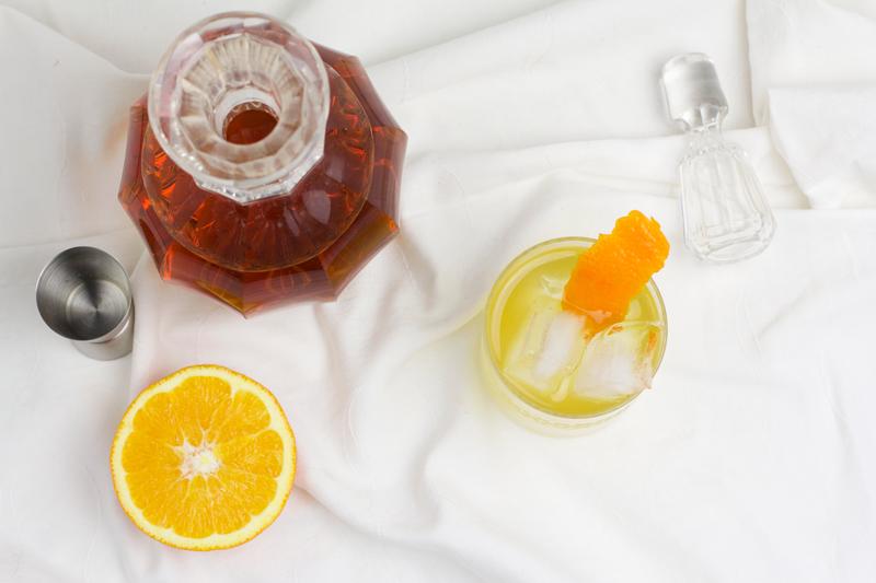 Tee-Cocktail aus Orange, Salbei, Ingwer und Chai Honig | we love handmade