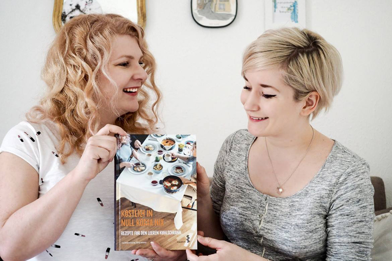 Caro und Sonja Buchpraesentation |we love handmade