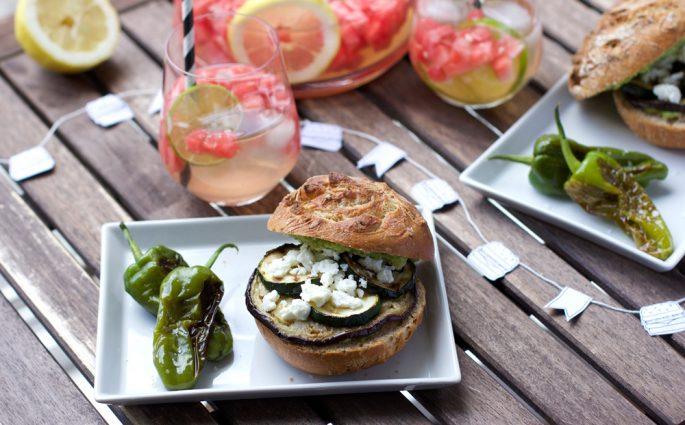 Grillen: Veggie-Burger mit Grillgemüse |we love handmade