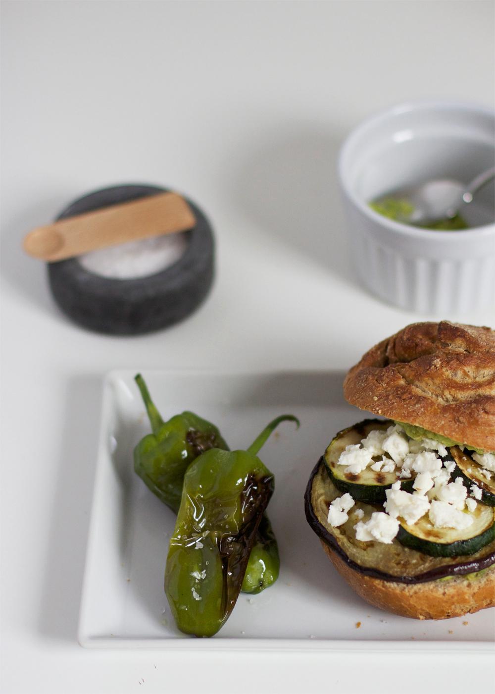 Veggie-Burger mit Pimientos | we love handmade