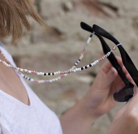 DIY: Brillenband aus Perlen
