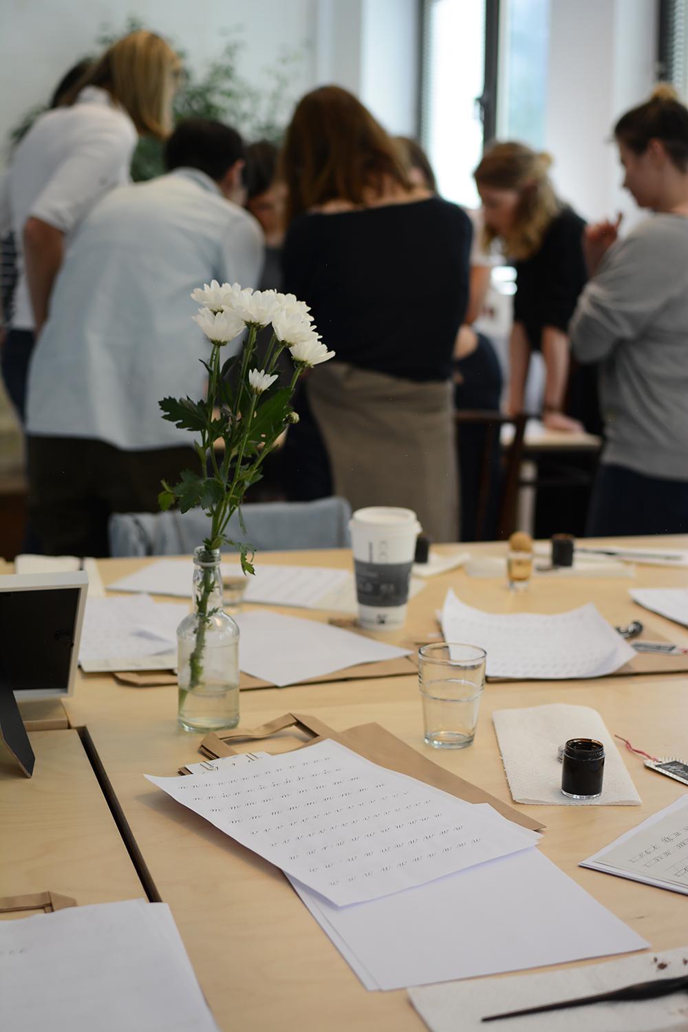 Kalligraphie-Workshop: Packhaus in Wien | we love handmade