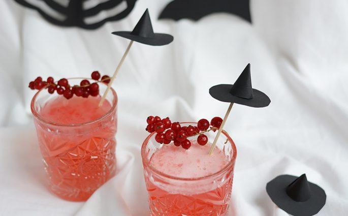 Halloween: Hexenhut-Cocktailstäbchen | we love handmade