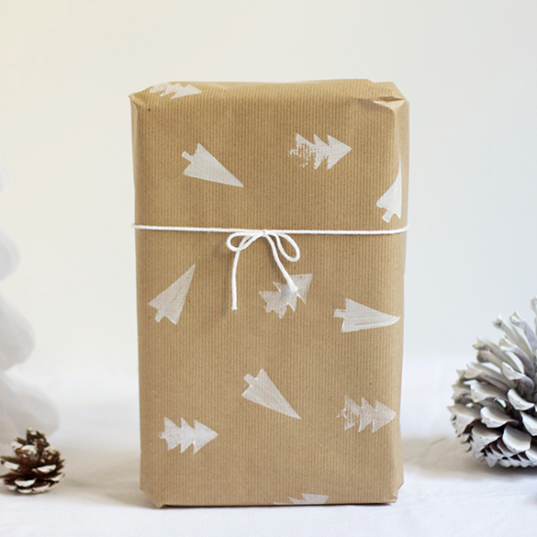 Geschenkpapier mit Kartoffeldruck |we love handmade