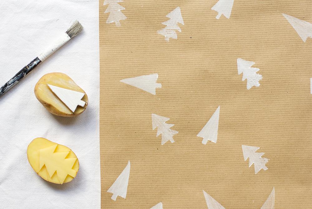 DIY: Geschenkpapier mi Kartoffeldruck | we love handmade