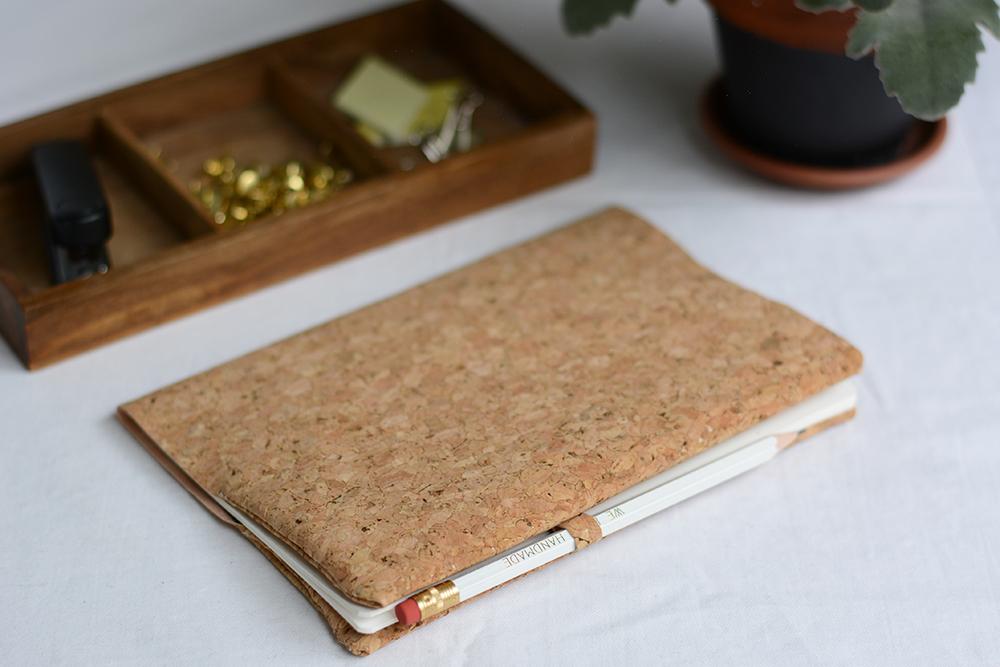 Notizbuchhülle aus Kork | we love handmade