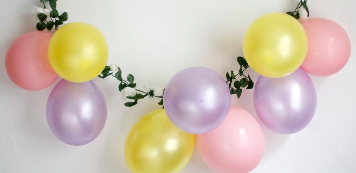 DIY: Luftballon-Blumen-Girlande