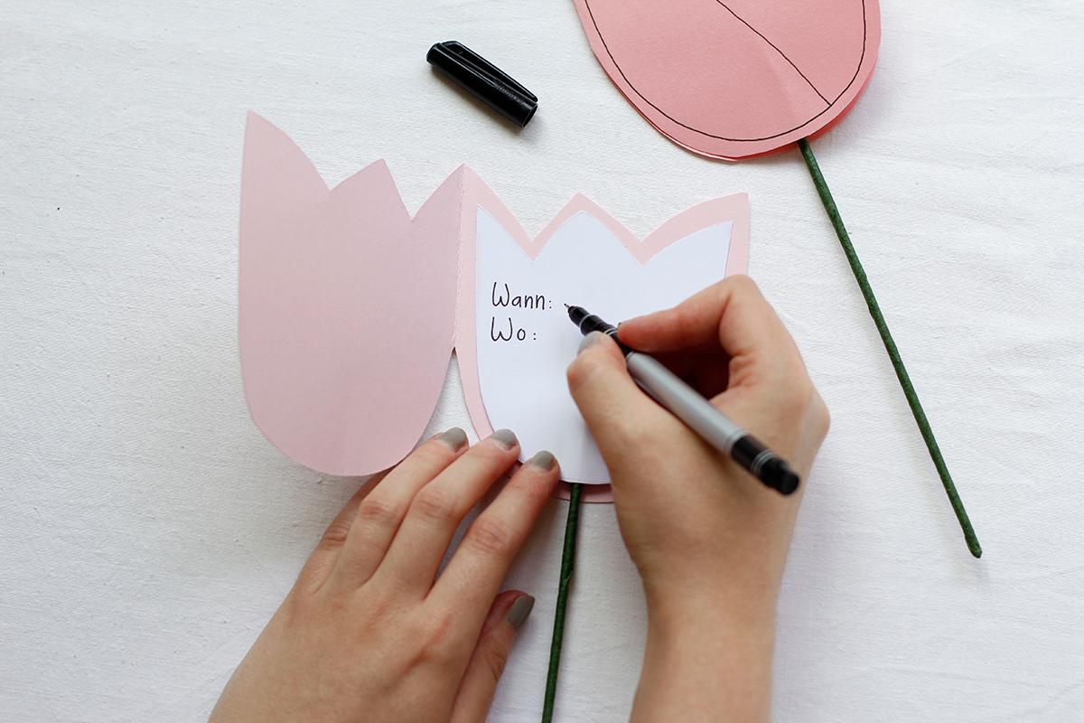 DIY: Tulpen-Einladung selber machen | we love handmade