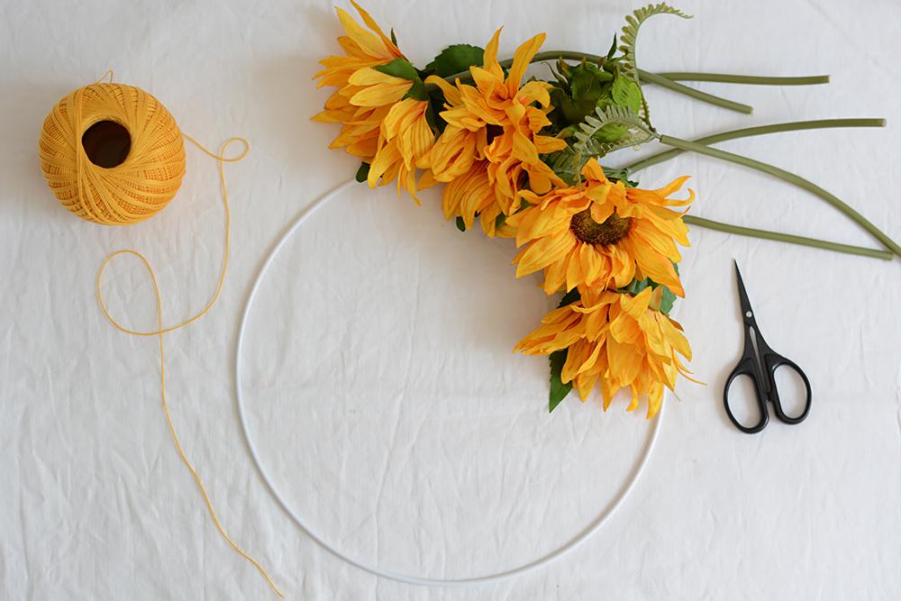 Hochzeits-Blumenkranz: Material | we love handmade