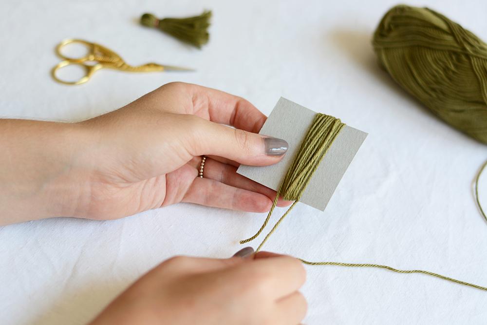 Tassel-Ohrringe DIY | we love handmade