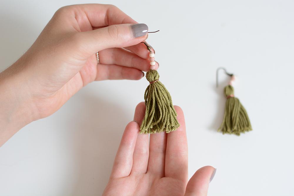 Tassel-Ohrringe selber machen | we love handmade
